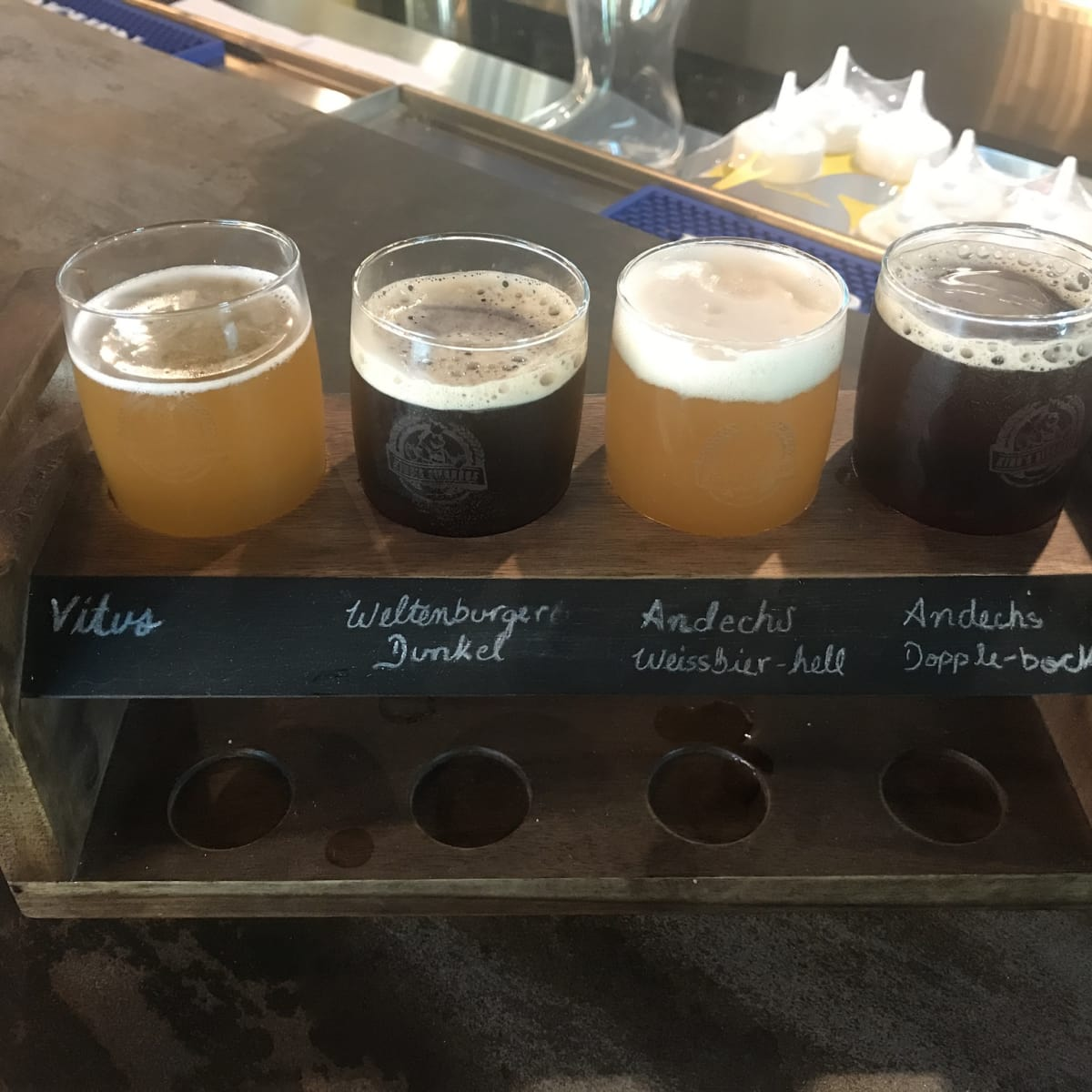 King's Biergarten beer flight