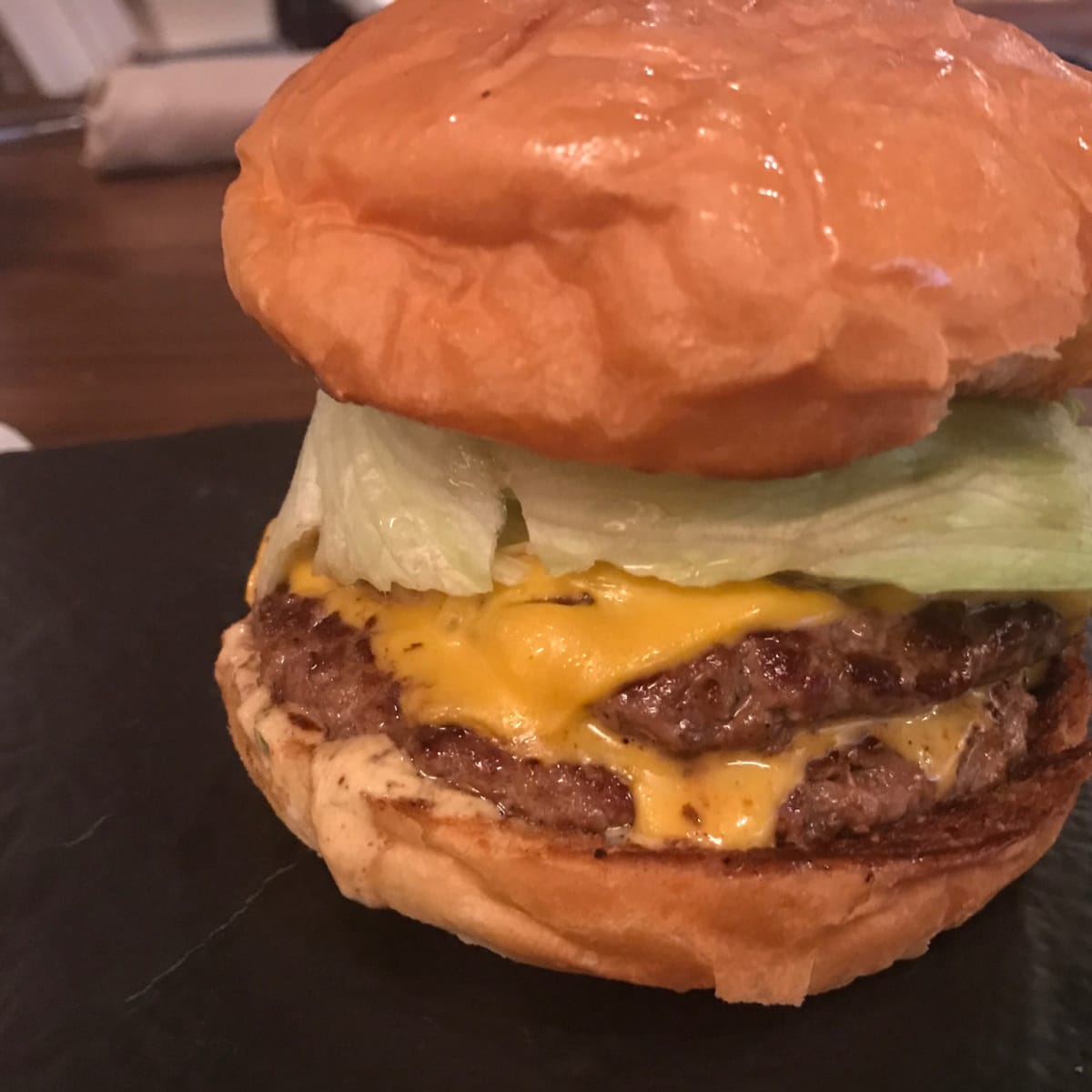 Bayou & Bottle burger