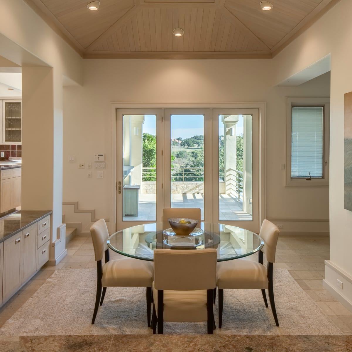 26100 Countryside Austin house for sale dining room