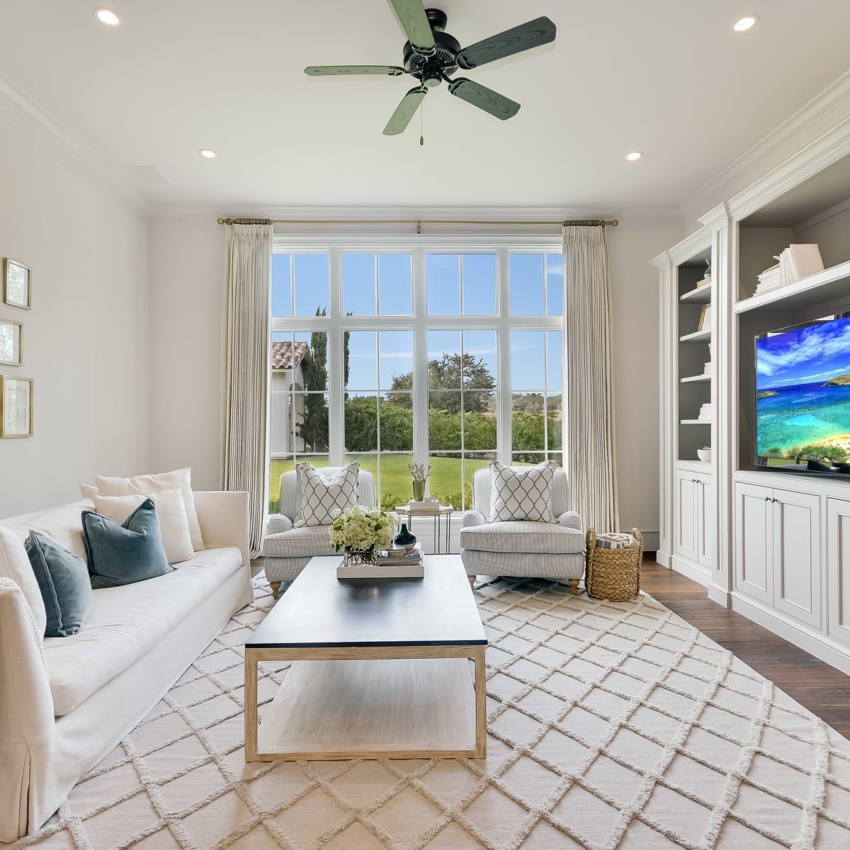 5709 Spanish Oaks Club Austin house for sale family room