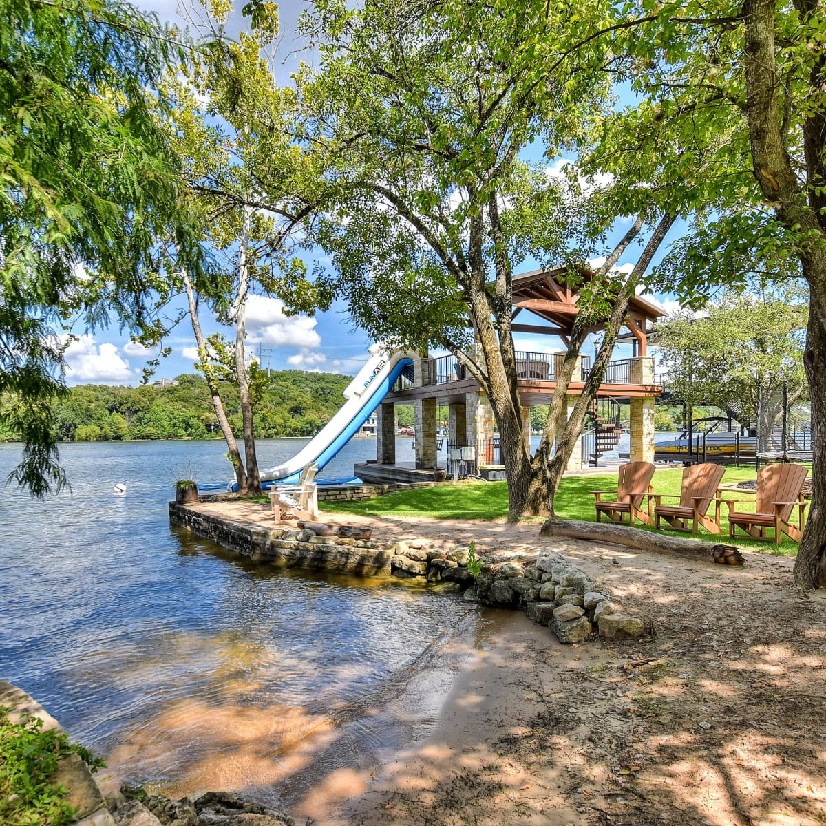 1430 Rockcliff Rd Austin house for sale beach