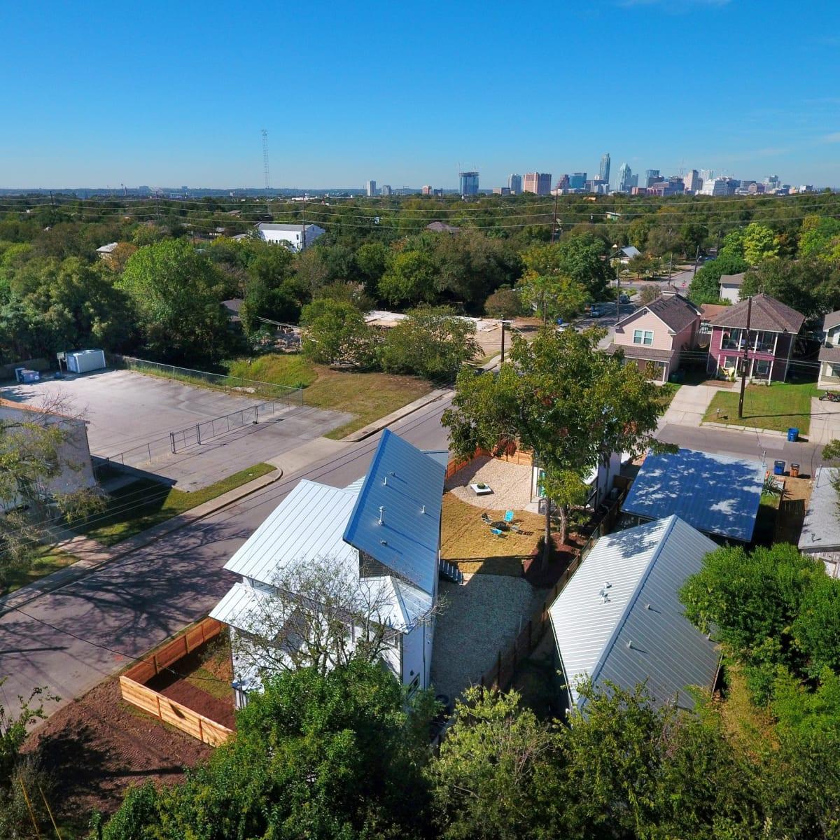 2406 E 16th St Austin house for sale