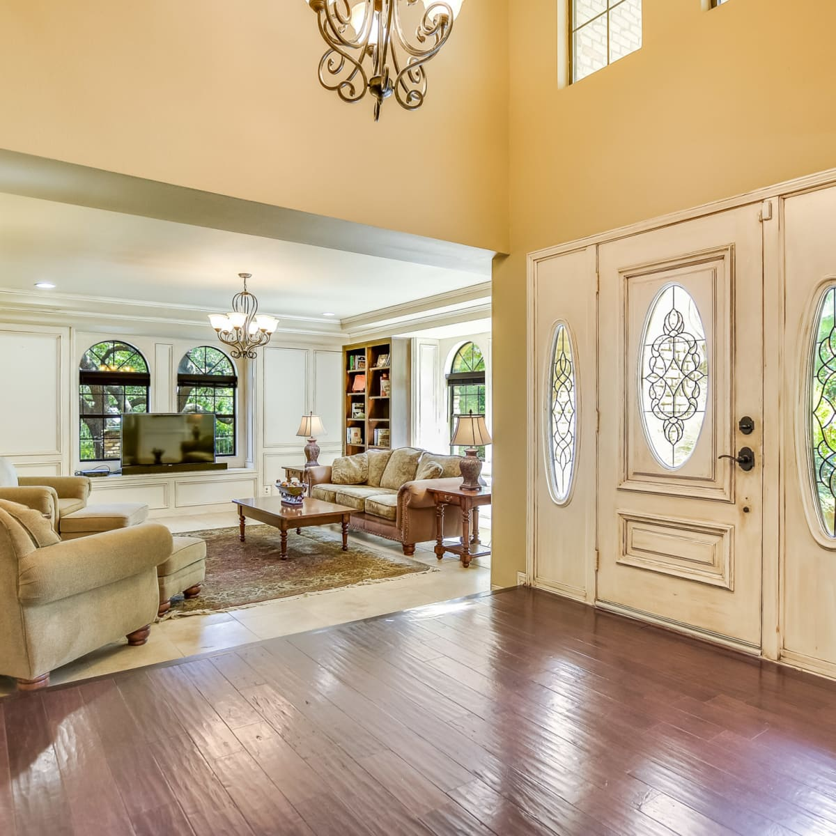 4407 Canyonside Austin home for sale entryway