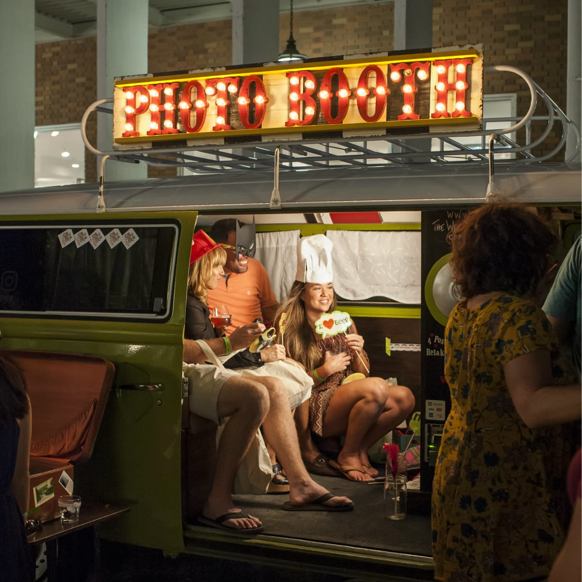 Wee Gpysy Photo Wagon