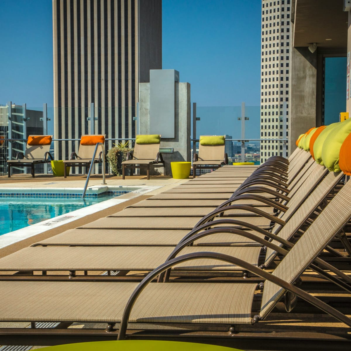 SkyHouse Houston pool