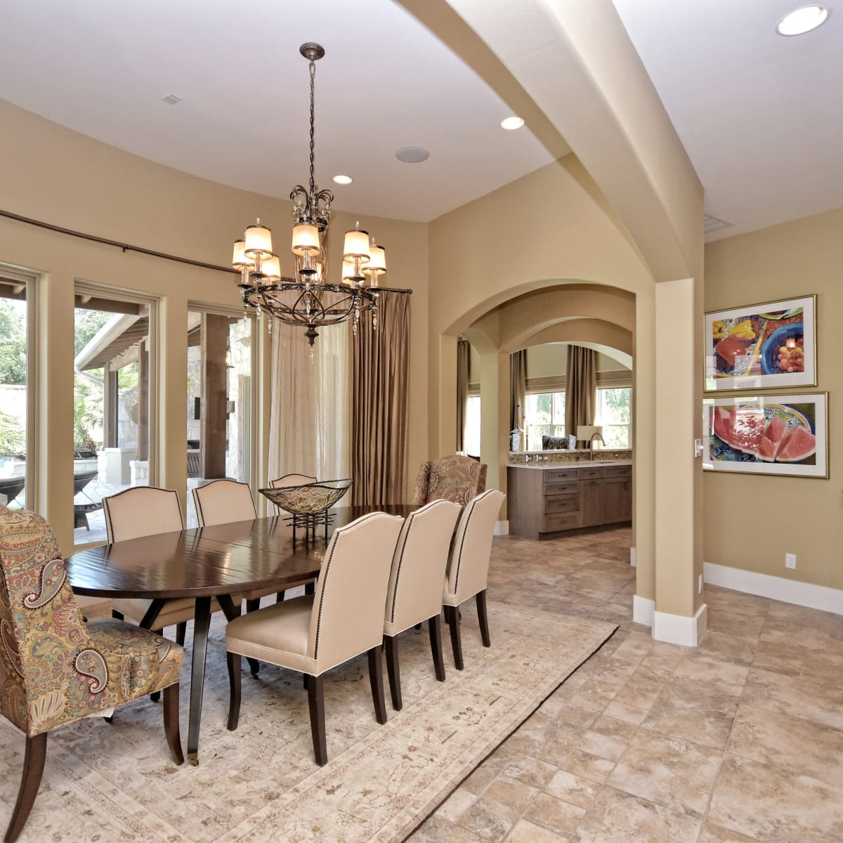 7200 Turnbuoy Austin house for sale dining room