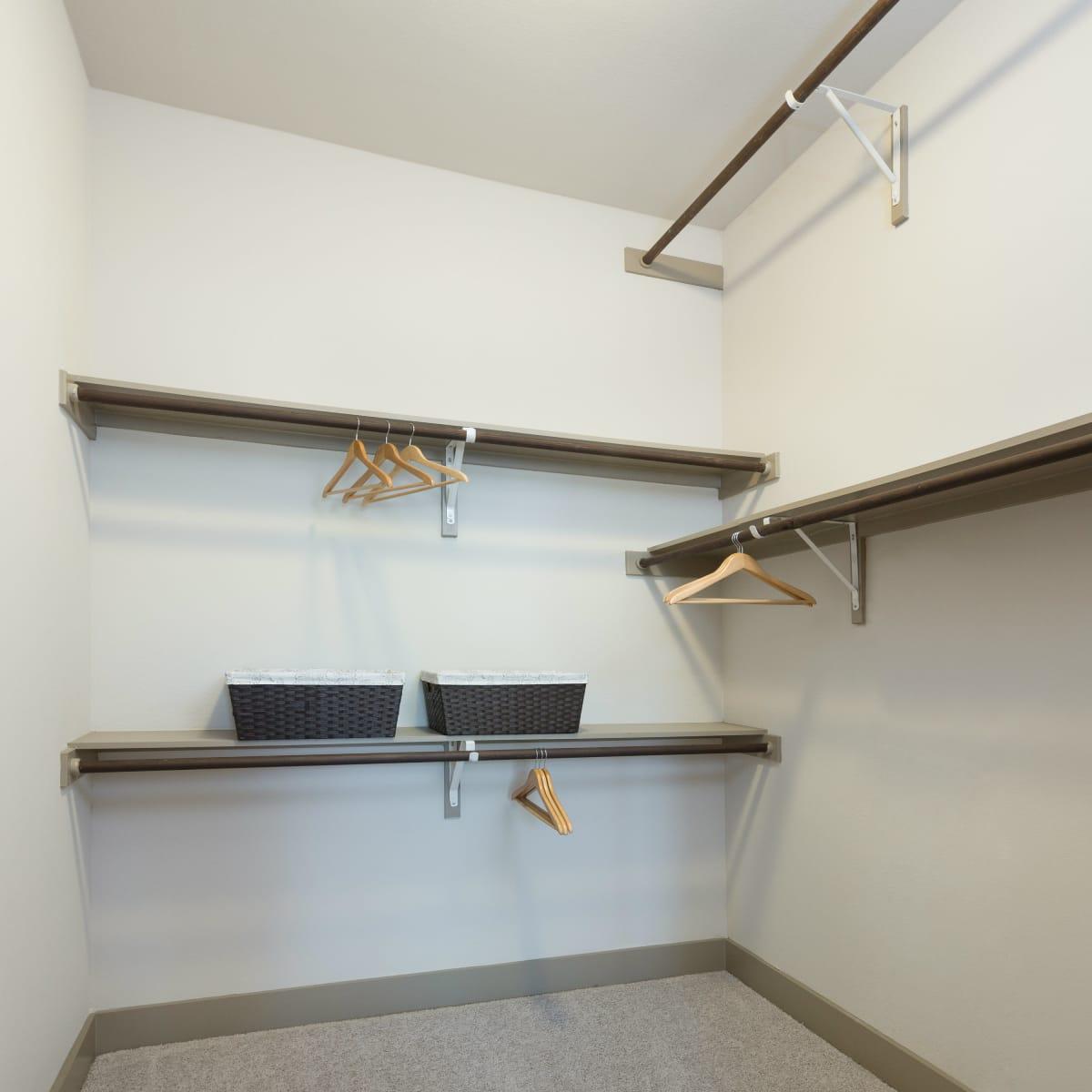 Strata Dallas closet