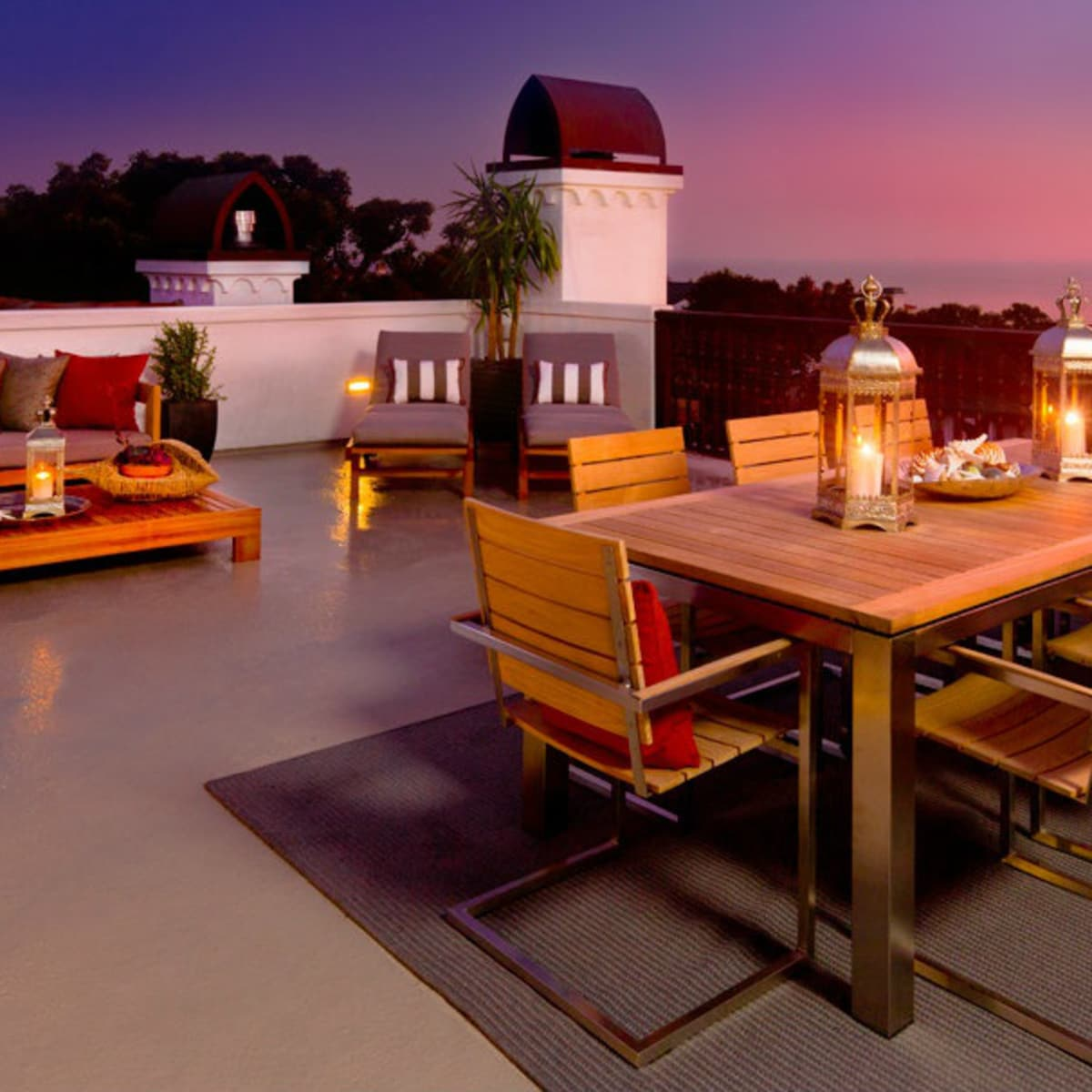 Zillow Hottest Patio Trend 2016 Teak furniture