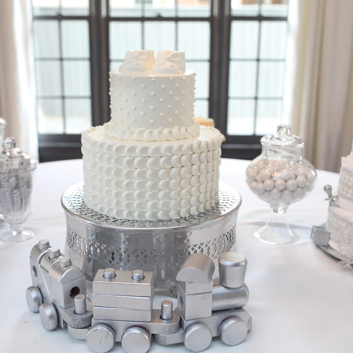 Miya Shay baby shower, 6/16 cake