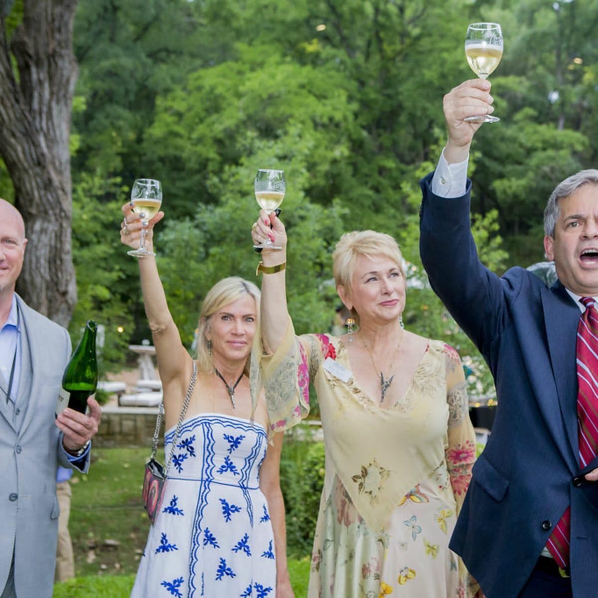 Umlauf Sculpture Garden and Museum Garden Party 2016 champagne toast Jon Gerber Leah Lee Nina Seely Mayor Steve Adler