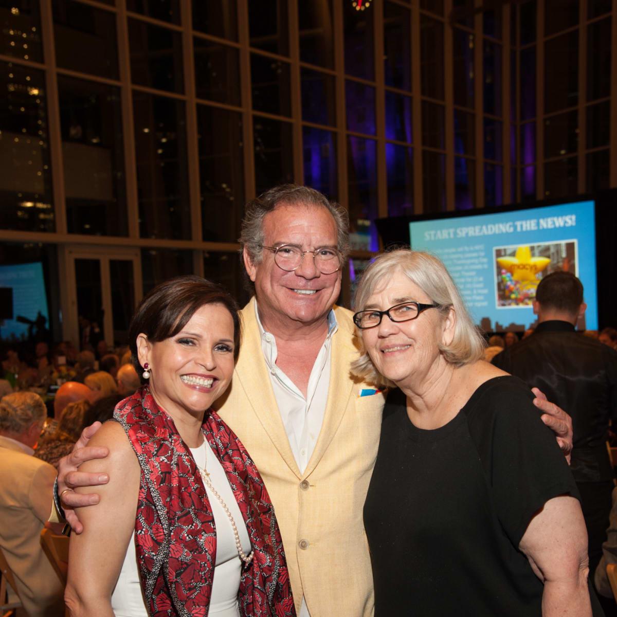 Casa de Esperanza, 4/16, Lucia Cordua, Michael Cordua, Kathy Foster