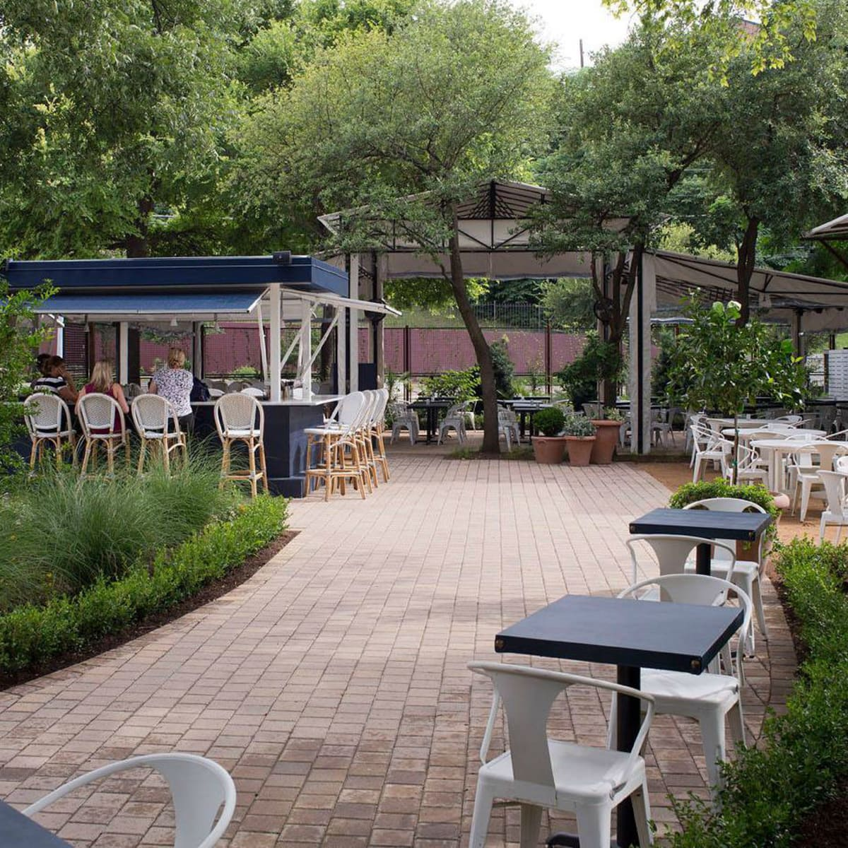 Juliet Ristorante patio