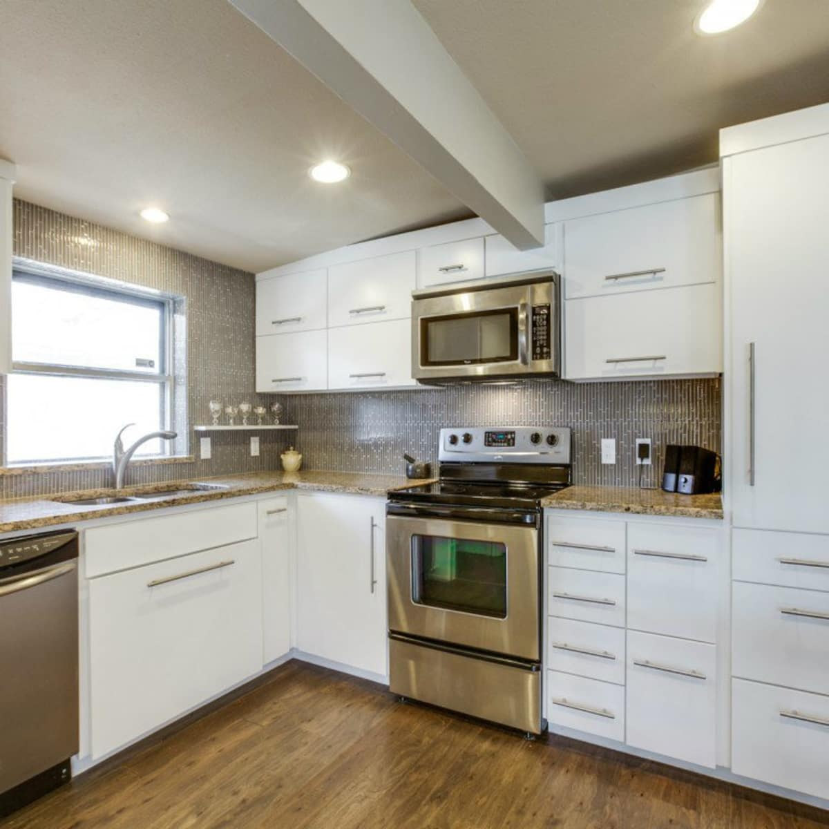 Dallas, home for sale, 936 peavy road, kitchen