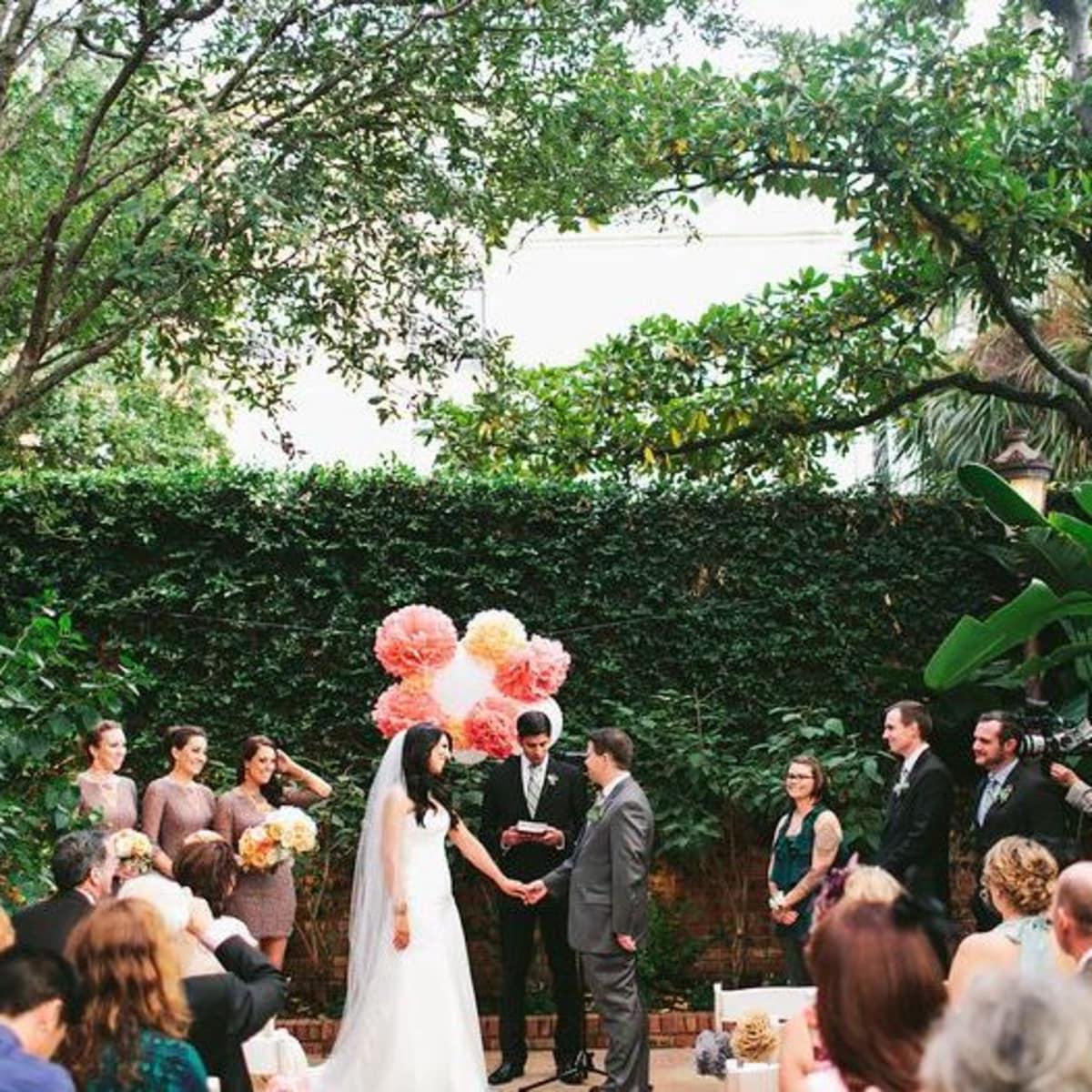 Brennan's courtyard wedding