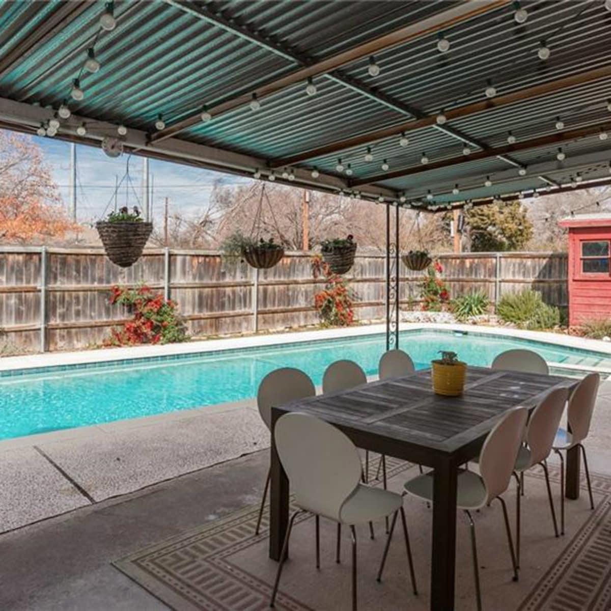 Dallas home, home for sale, 2005 Saint Francis Avenue, backyard, pool, patio