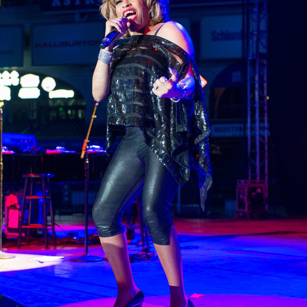 Astros Diamond Gala, Jan. 2016,  Tina Turner impersonator