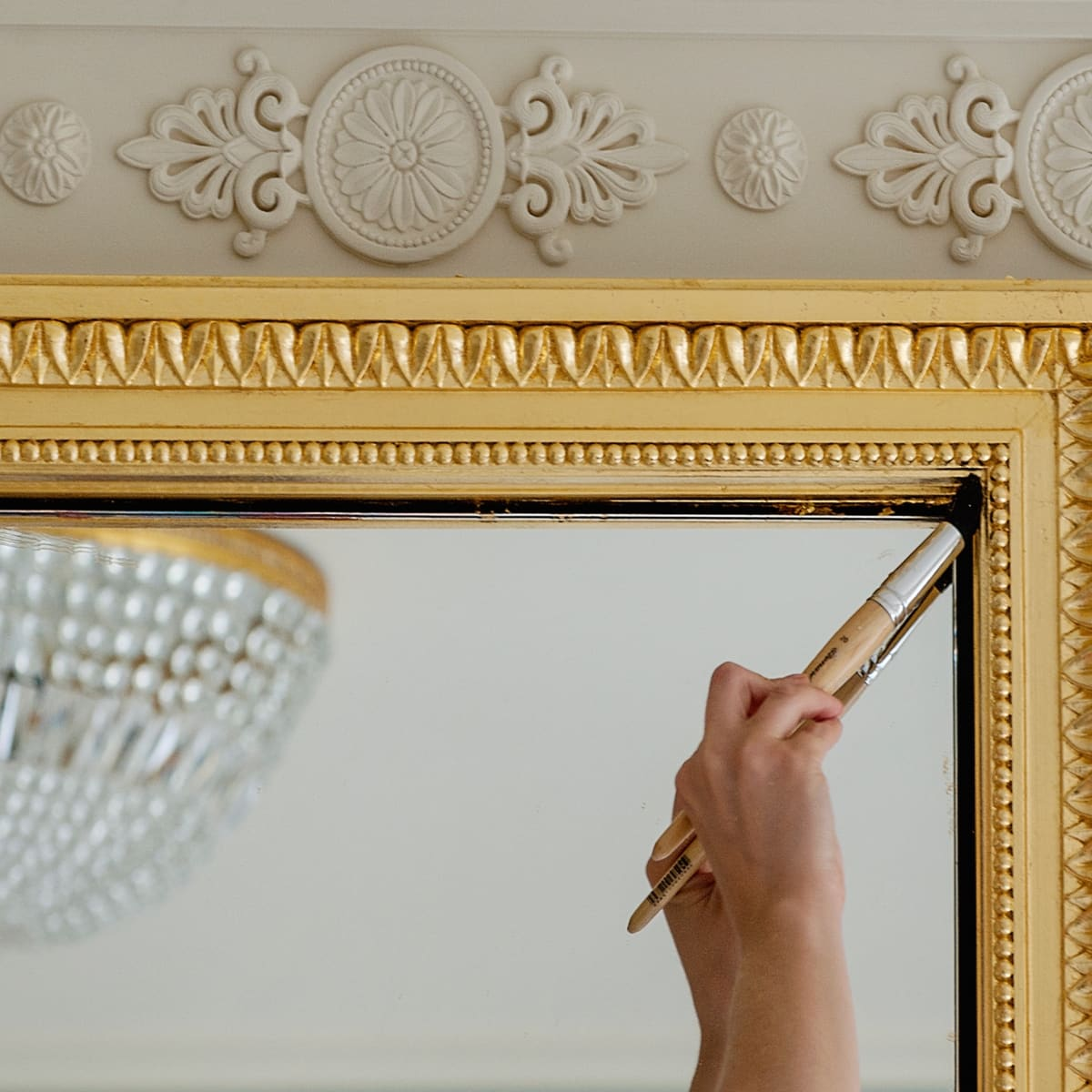 News, Ritz Hotel Paris, artisans, Jan. 2016