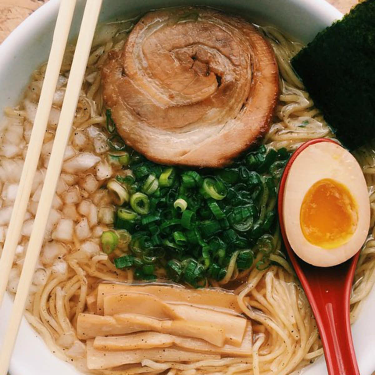 Ramen Tatsu-ya bowl noodle dish
