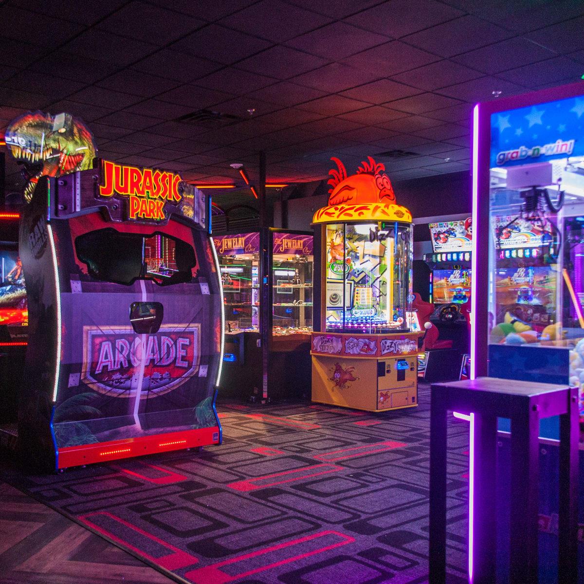 Bowlmor Lanes reopening bowling arcade