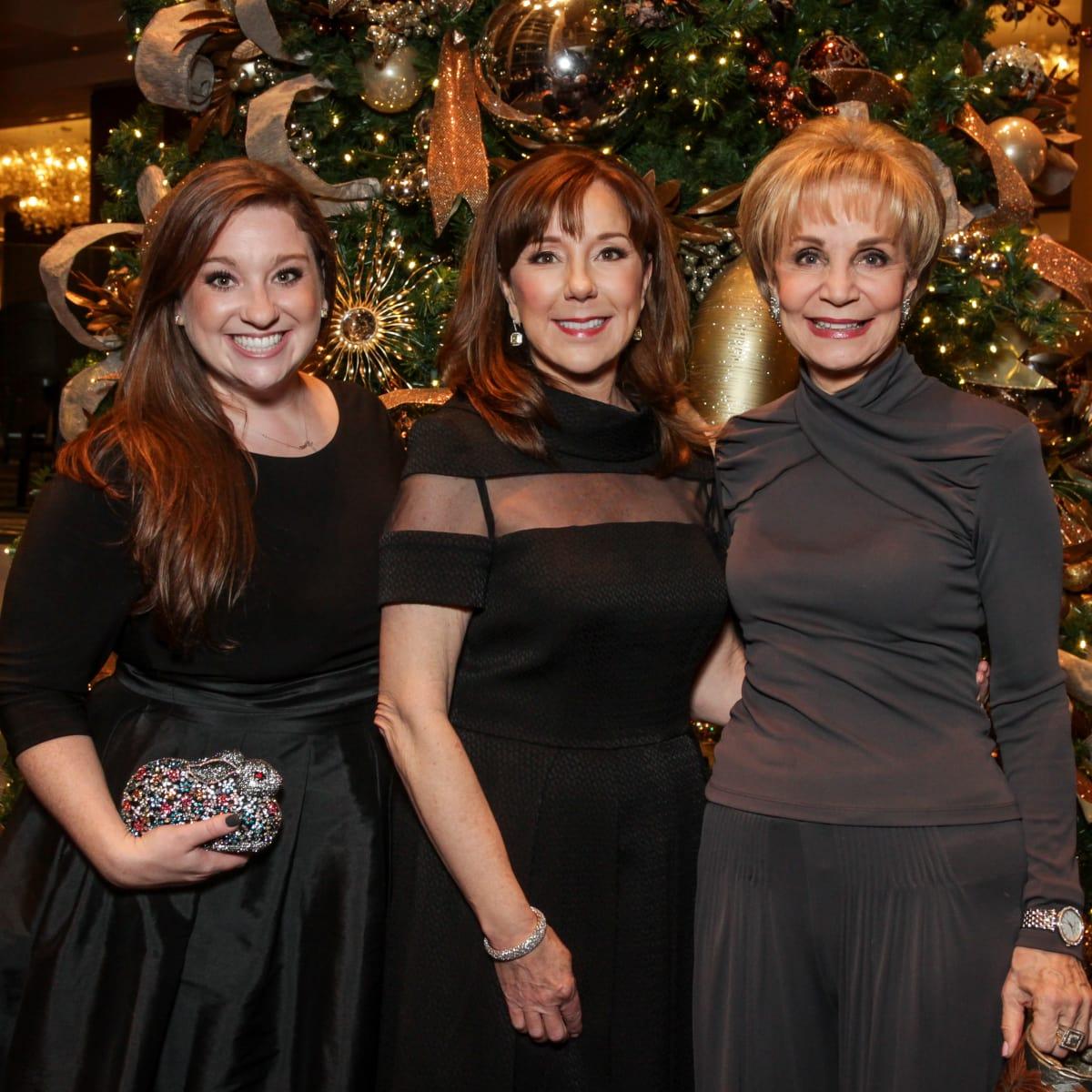 News, Greater Houston Women's Chamber of Commerce Gala, Dec. 2015, Laura Stein, Elizabeth Stein, Leisa Holland-Nelson