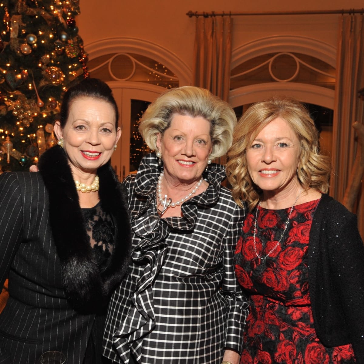 News, Kick-start gala kickoff, Dec. 2015, Danielle Ellis, Ann Brent, Rickie Prichard