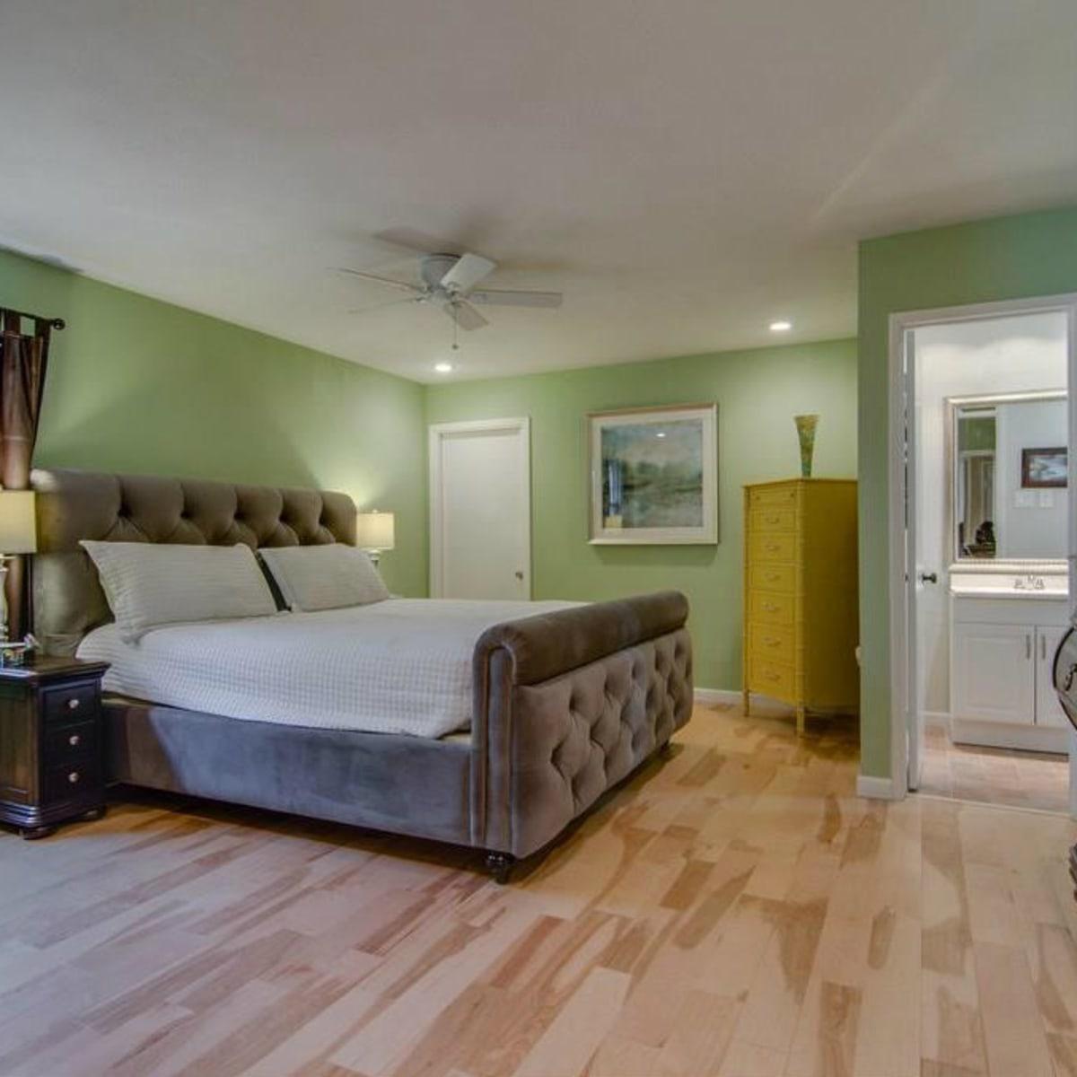 3065 Kinkaid Dr. master bedroom in Dallas
