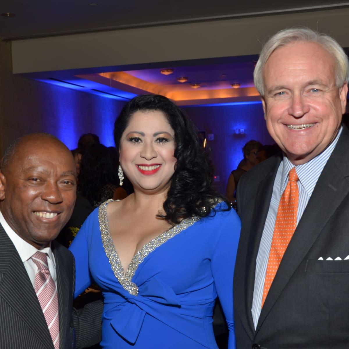 News, Shelby, Hispanic Chamber gala, Nov. 2015, Sylvester Turner, Laura Murillo, Bill King