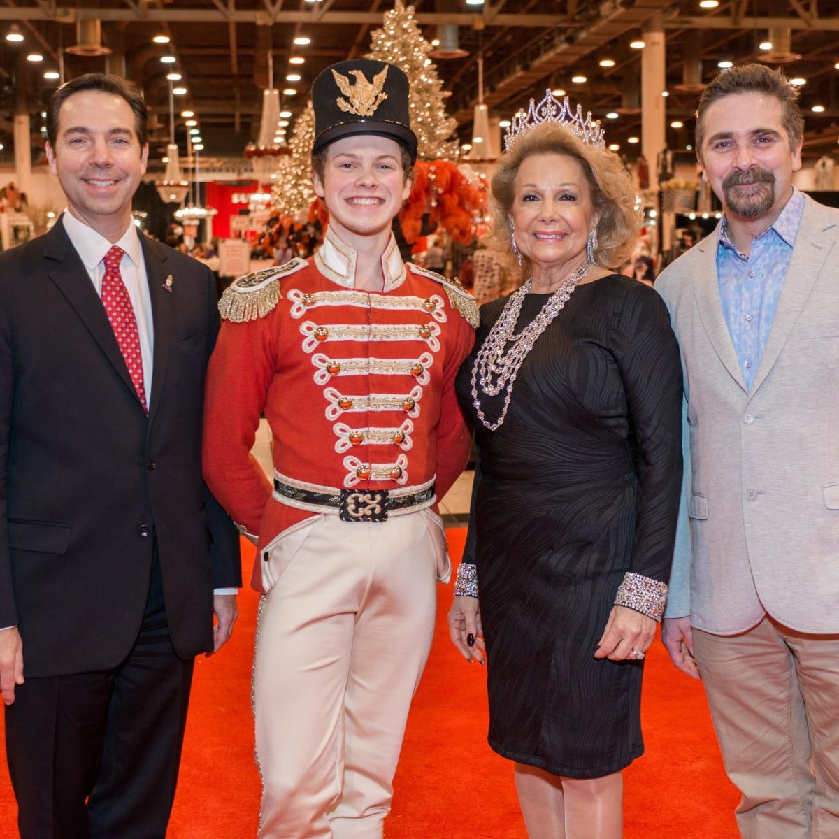 News, Shelby, Nutcracker Market, Nov. 2015, Jim Nelson, Philamena Baird, Stanton Welch