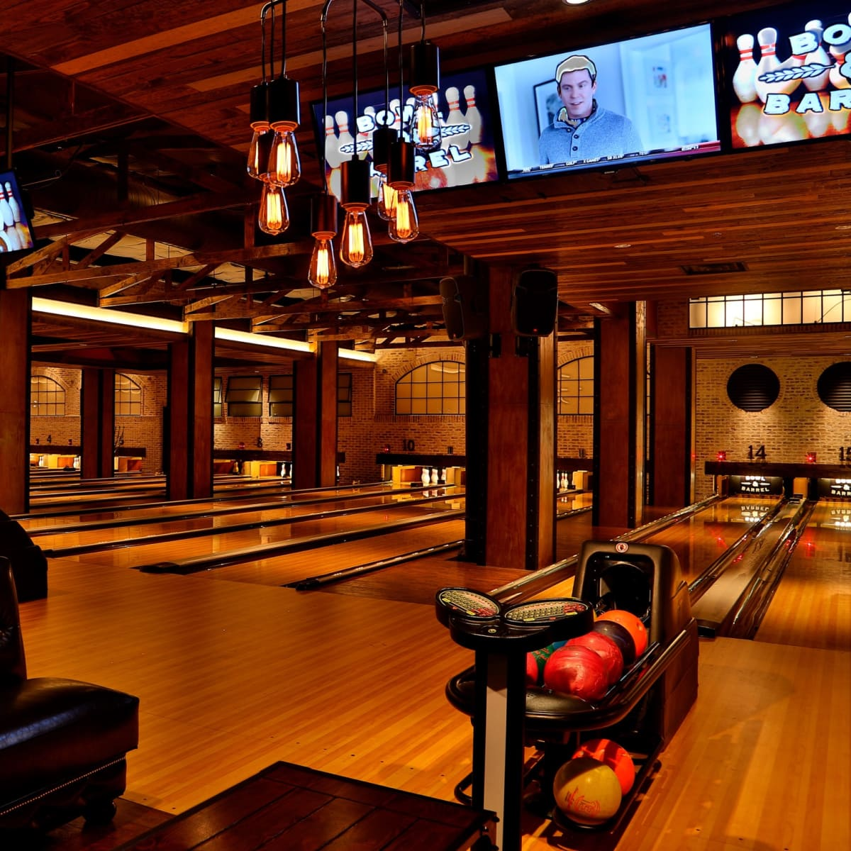 Bowl & Barrel interior