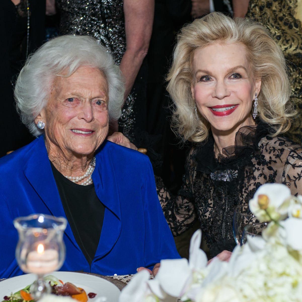 News, Shelby, UNICEF gala, Nov. 2015, Barbara Bush, Lynn Wyatt