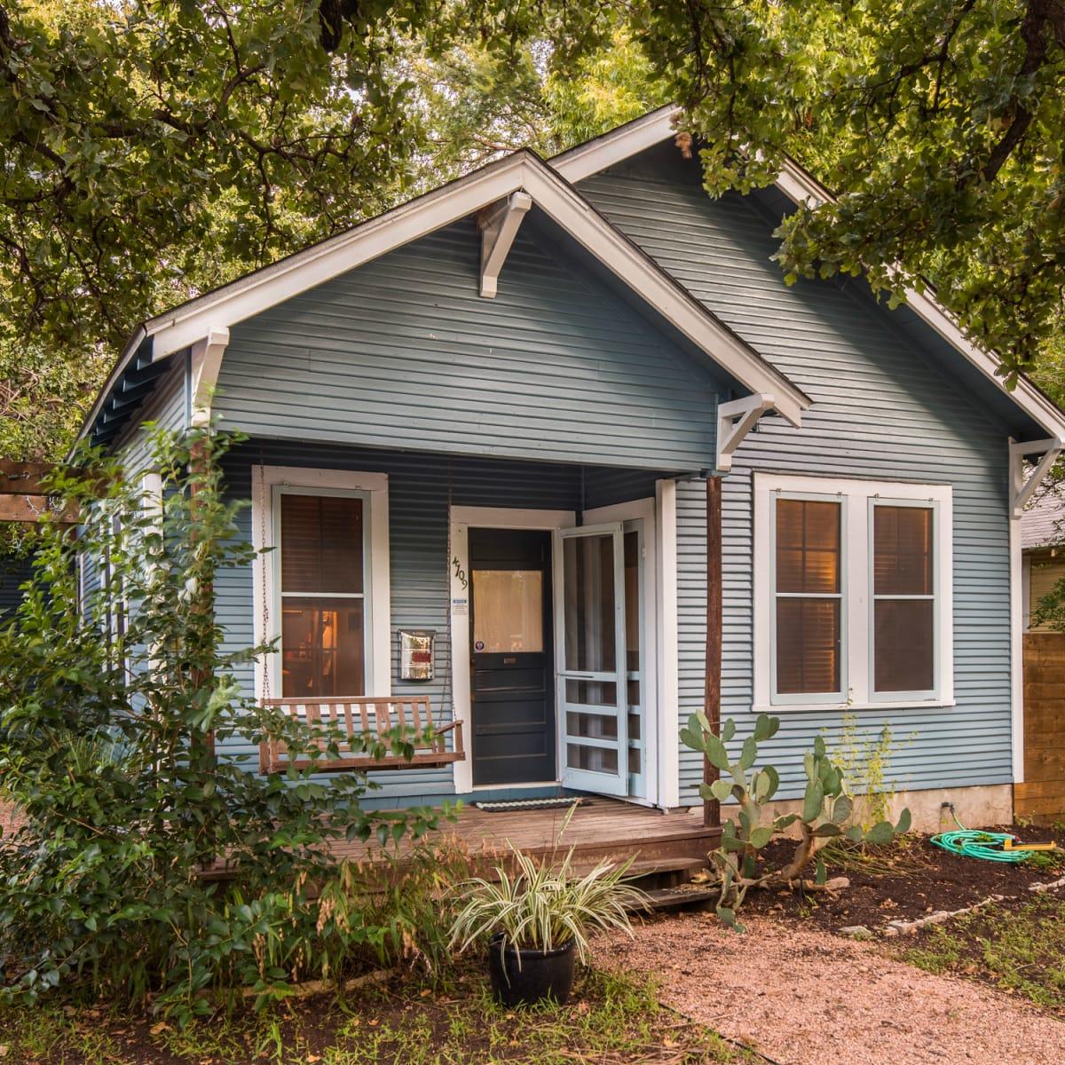 Historic Hyde Park Homes Tour 2015 Avenue A bungalow house