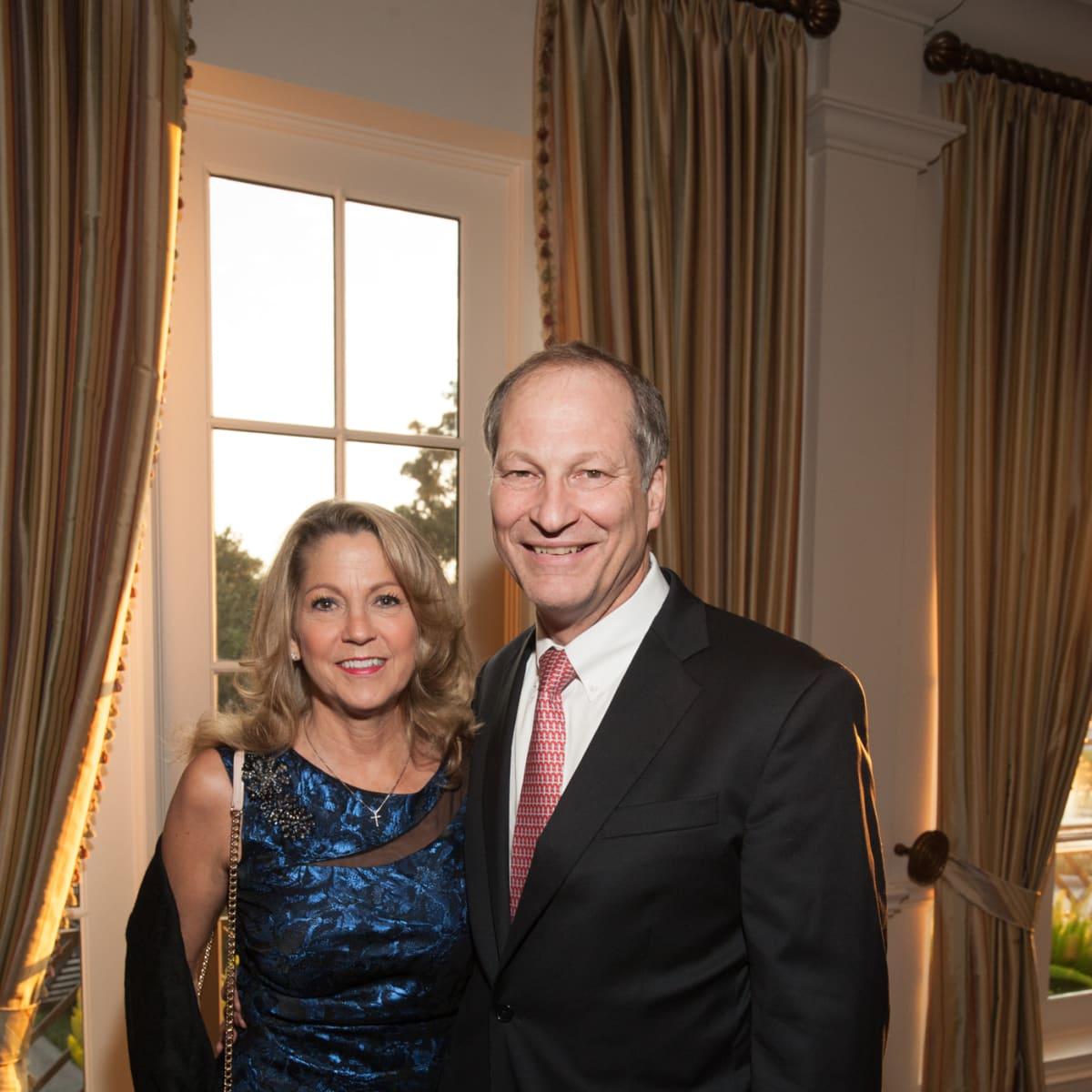 News, Shelby, Hospice Dinner, Oct. 2015, Kay Mansfield, Paul Mansfield