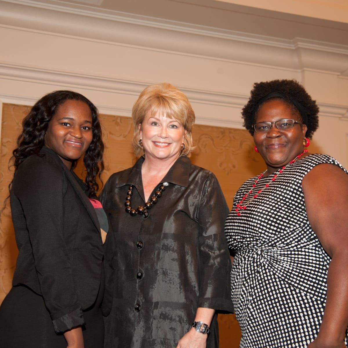 News, shelby, Foundation for Teen Health luncheon, Oct. 2015, Leandra DeWitt, Jan Carson, Catina Hunt