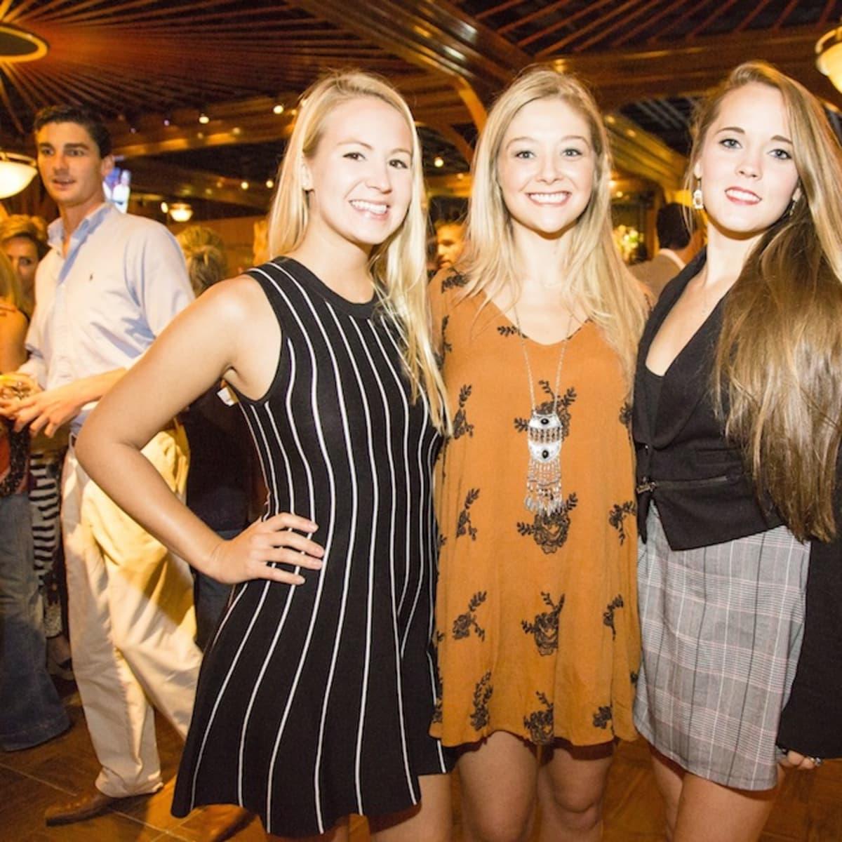 News, Shelby, Beth Muecke b'day, Oct. 2015,  Kendra Muecke, Nicole Lazarz, Samantha Evans