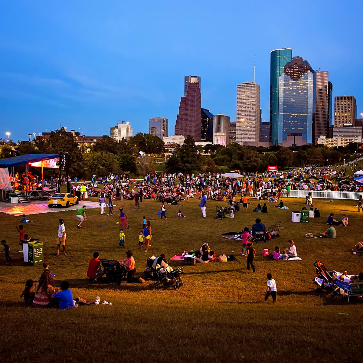 News, Shelby, Buffalo Bayou Park opening, Oct. 2015, Eleanor Tinsley park
