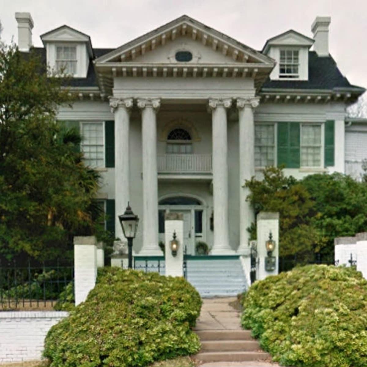 RentCafe 1894 Greek Revival home