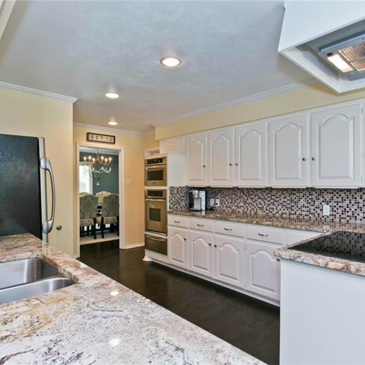 Kitchen at 9722 Boedecker in Dallas