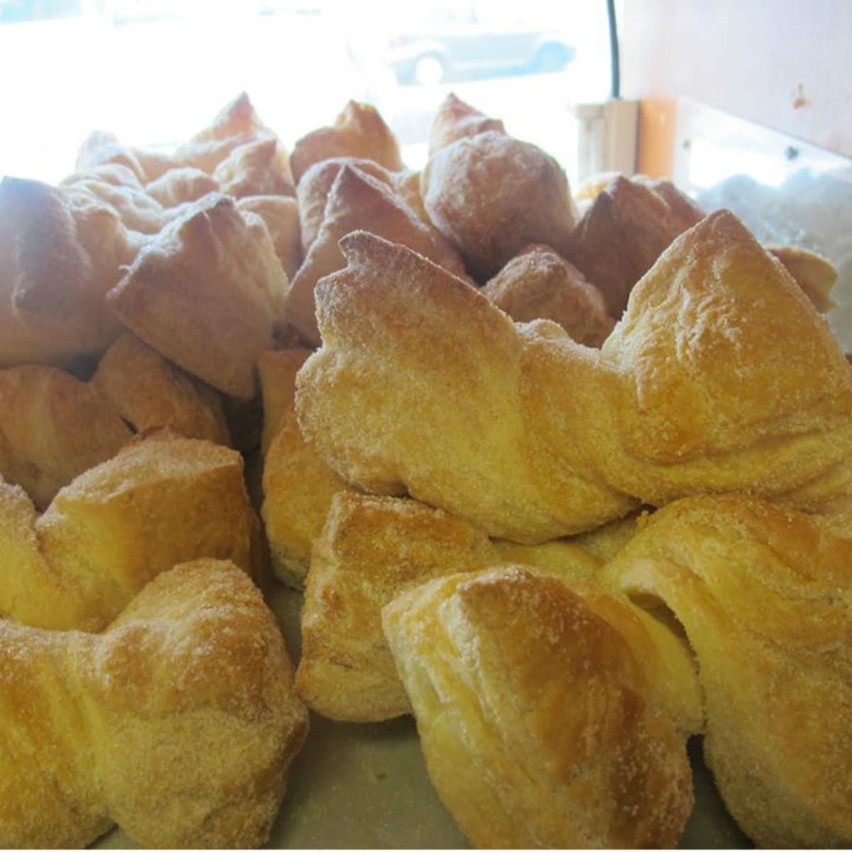 Mi Tradicion Bakery baked goods