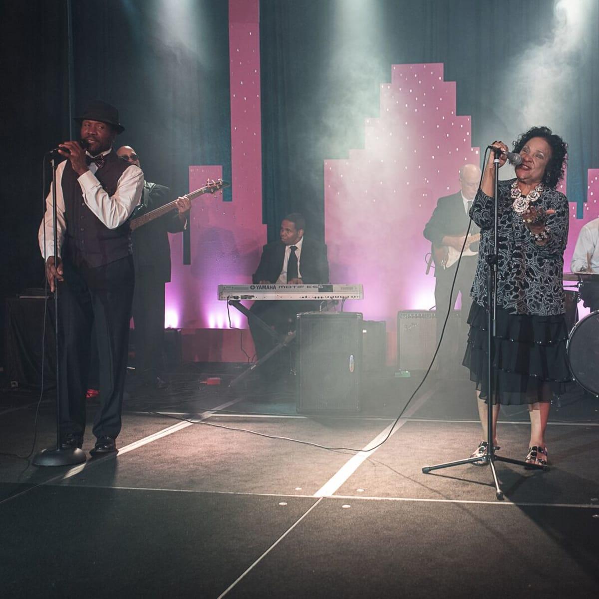 News, Shelby, Ensemble Theatre gala, Aug. 2015, Yvonne Washington