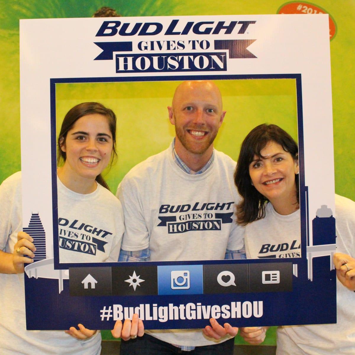 News, Shelby, Silver Eagle Distributors at Food Bank, July 2015 , Rachel Weir, Doug Mraw, Roxann Neumann