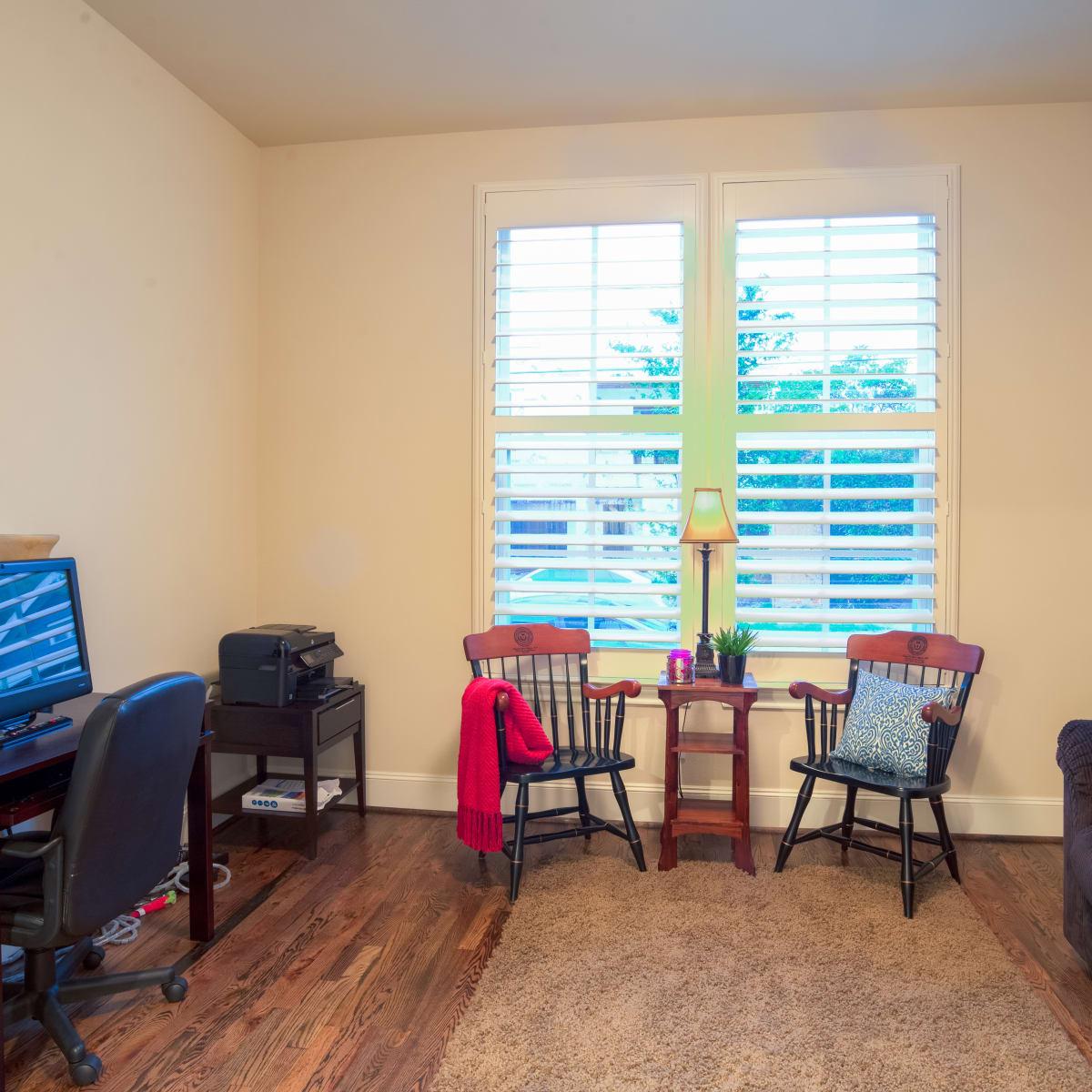 Houston, 1216 Bomar, June 2015, computer room