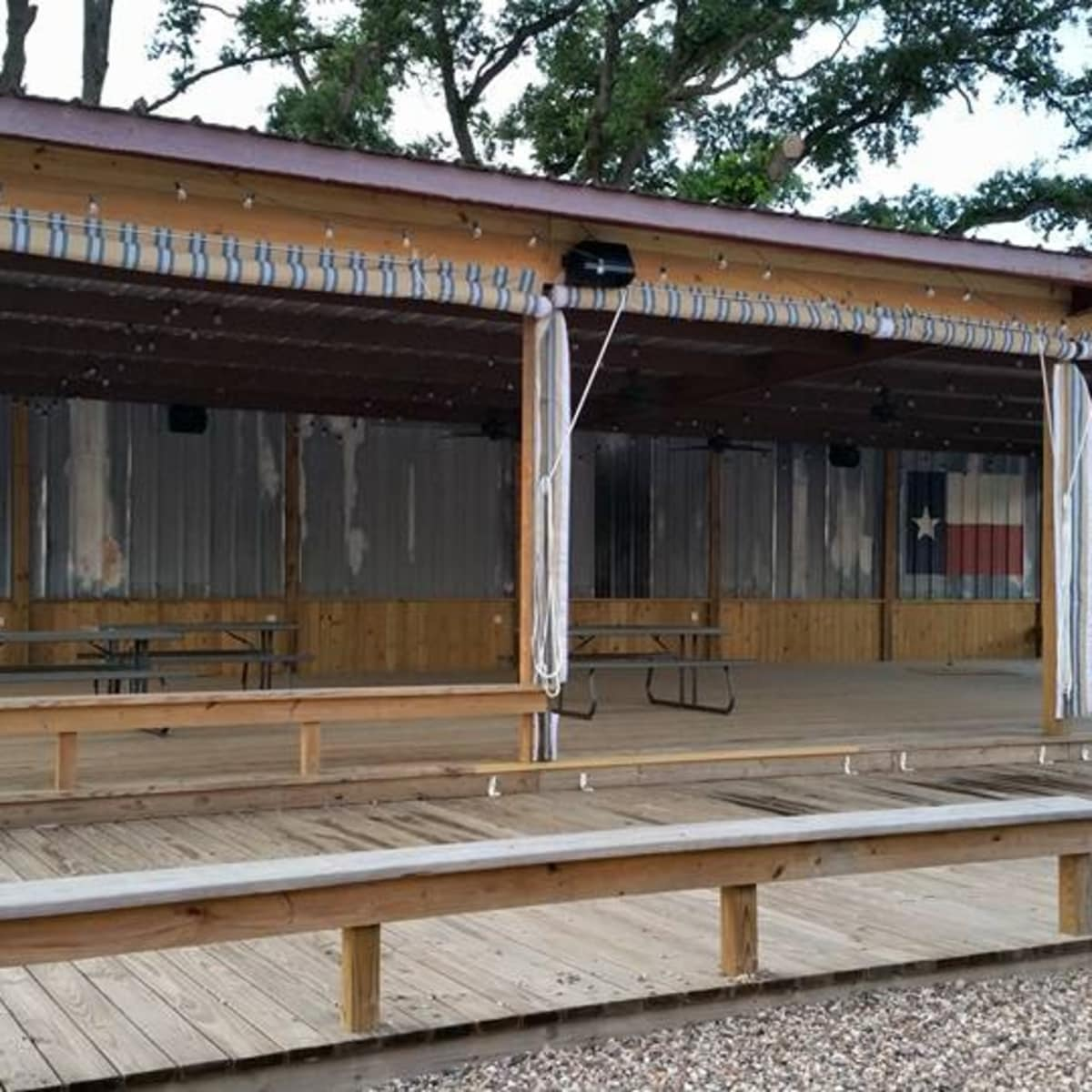Bernie's Backyard food truck park Spring