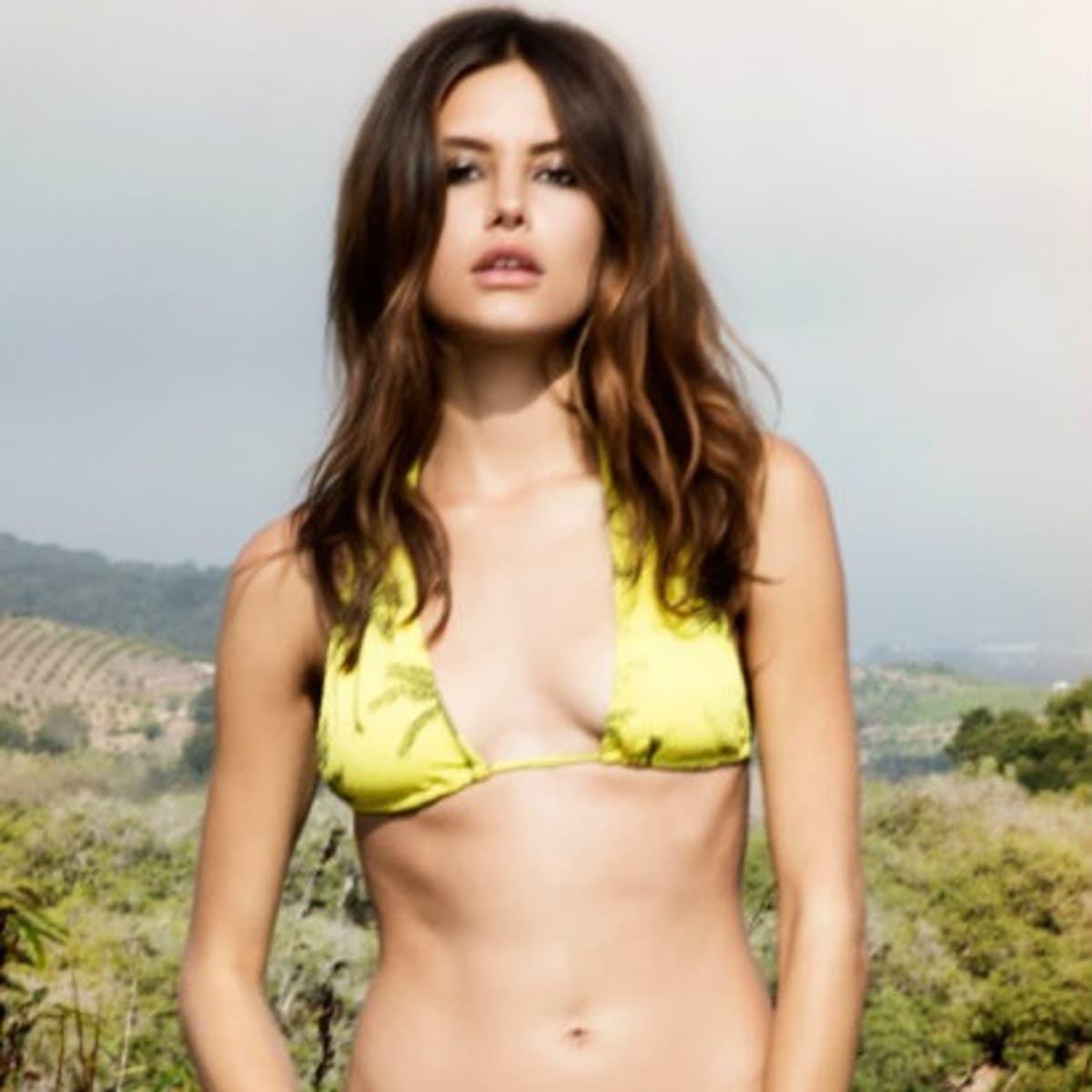 So De Mel bikini at Reveal