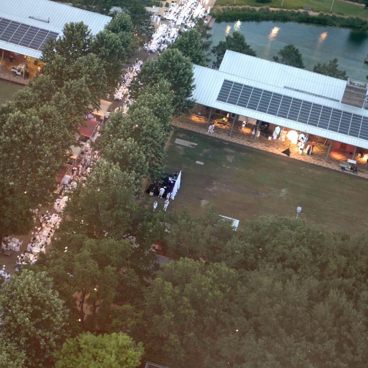 Houston, Diner en Blanc, June 2015, aerial view