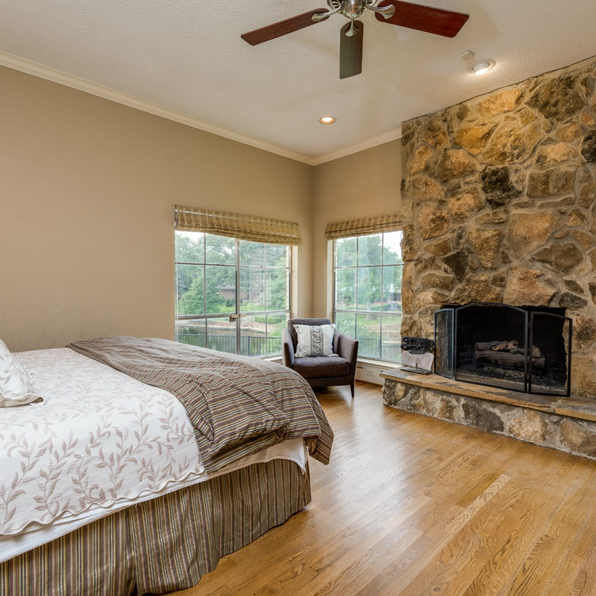 Master bedroom at 4224 Briar Creek in Dallas