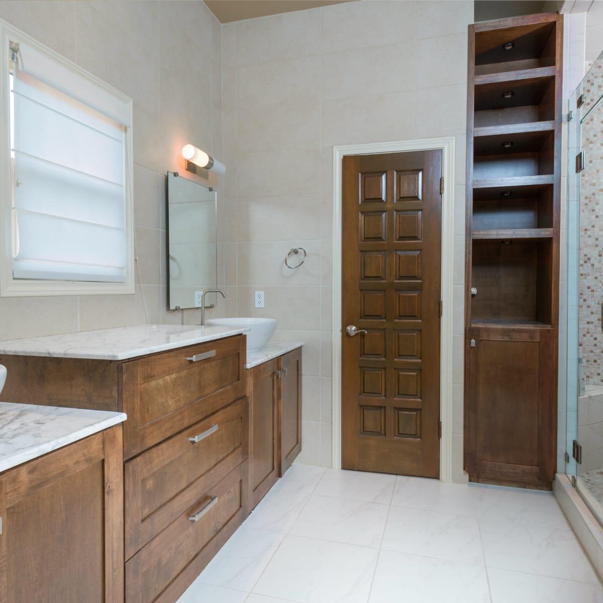 Master bath at 4224 Briar Creek in Dallas
