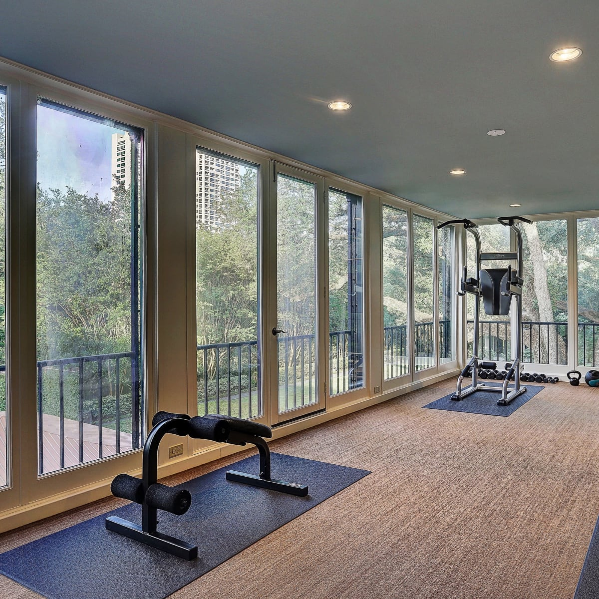 2 Longfellow Lane exercise room