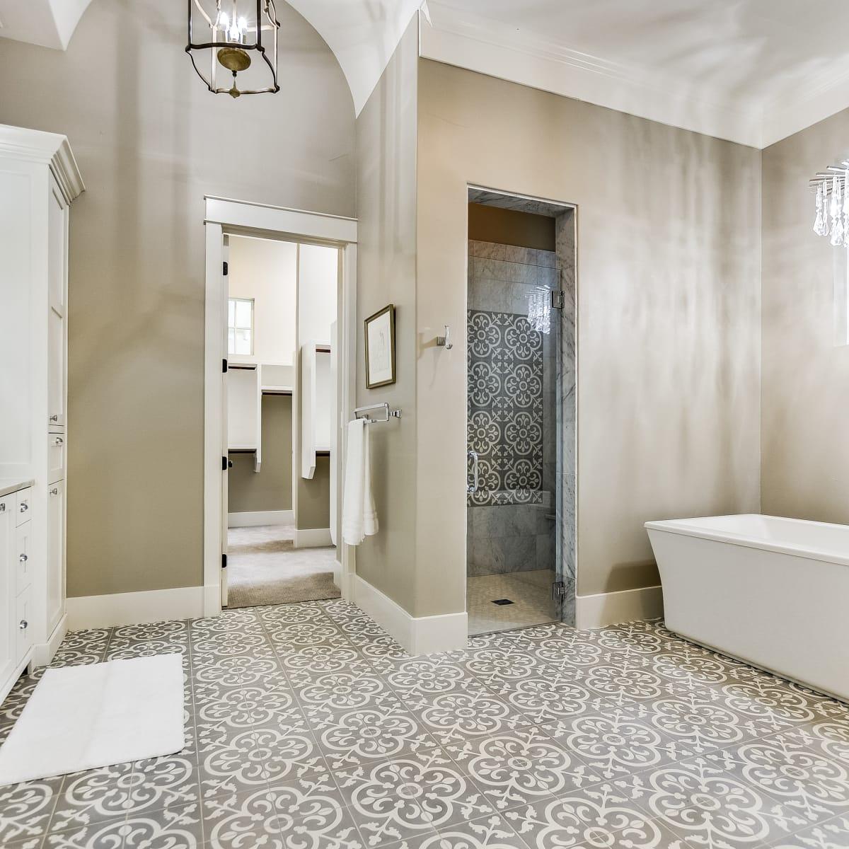 1016 Garraty, San Antonio, house, for sale bathroom
