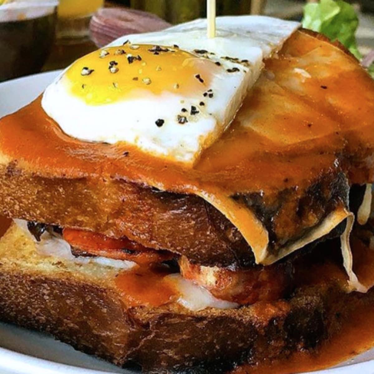 Houston, fancy breakfast sandwiches, June 2017, Oporto Midtown