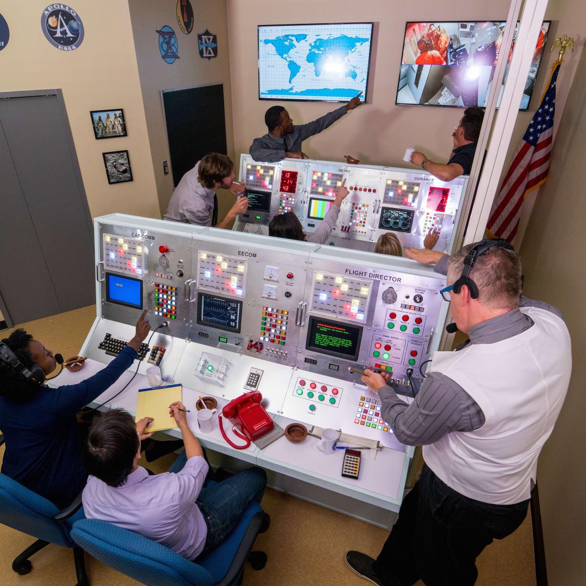 Houston, Escape Hunt Apollo 13 Mission control, July 2017